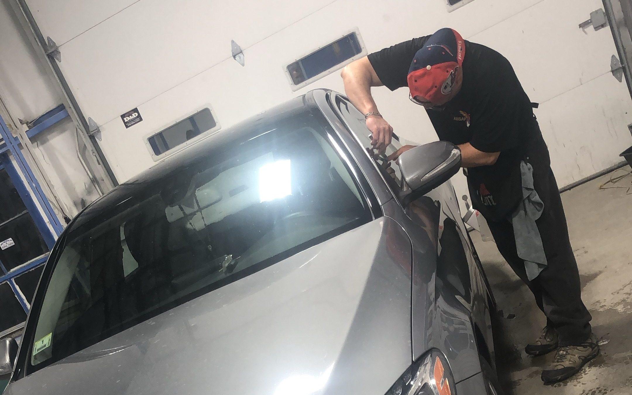 SK Auto Body Window Tinting
